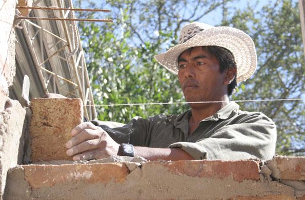 En a construcción de las viviendas se respetaron las pautas culturales propias de cada comunidad.