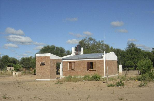 Vivienda construida por cooperativistas en Víbora Blanca, Chaco.
