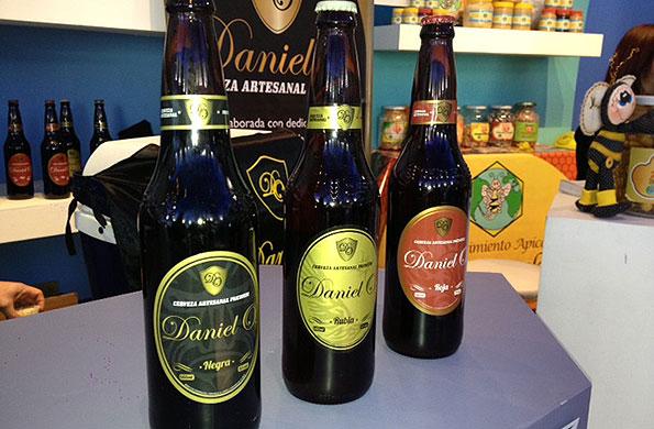 La iniciativa elabora los tipos de cerveza negra, rubia y roja.