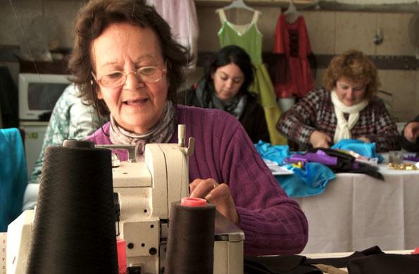 Ilusionarte se dedica a la elaboración artesanal de disfraces.