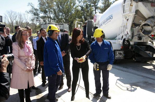 Alicia Kirchner junto a la Presidenta durante la inauguración de las obras del CeReNa.