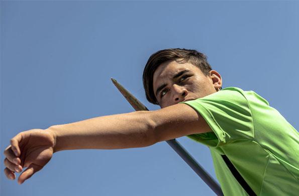 Nahuel Arroyo, el joven lanzador de disco y jabalina de Merlo, provincia de Buenos Aires.