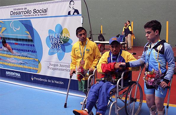 Junto a Antonhy Lira, de Venezuela, (oro) y Marcos Cruzato, de Brasil (bronce).