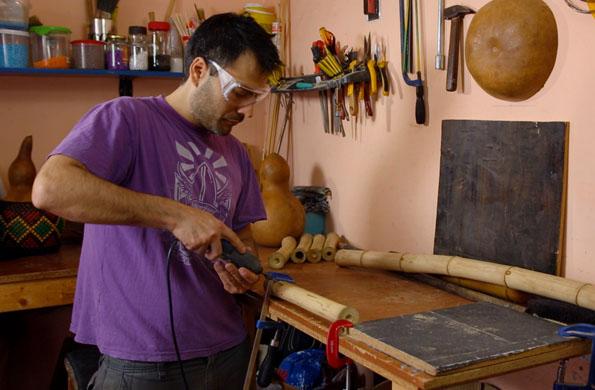 La prooducción de los instrumentos tiene como valor agregado el trabajo artesanal.