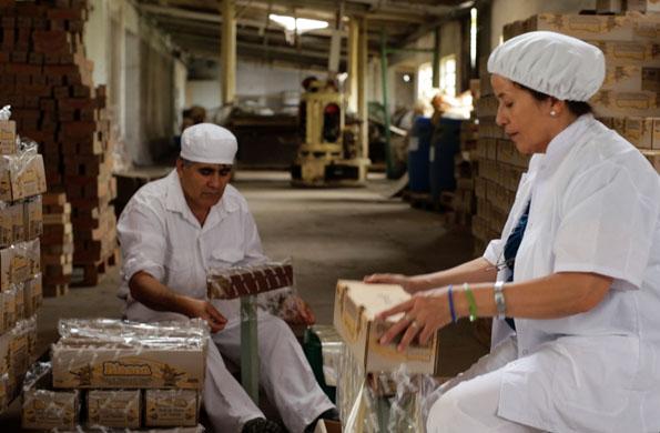 El dulce sólido de arándanos es la especialidad de la cooperativa.