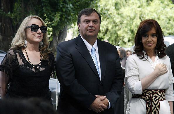 La Presidenta inauguró el sistema interconectado eléctrico y estación transformadora en Calafate.