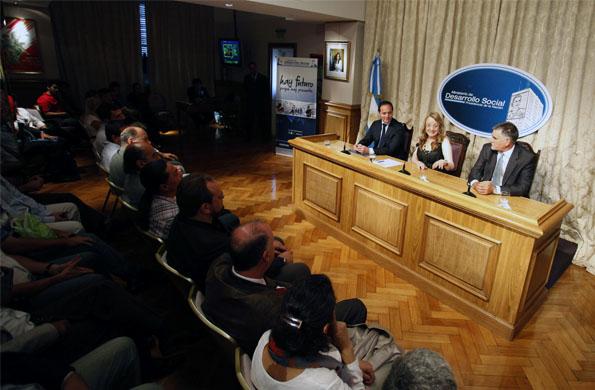 Alicia Kirchner mantuvo una reunión de trabajo con secretarios de deportes de todo el país.