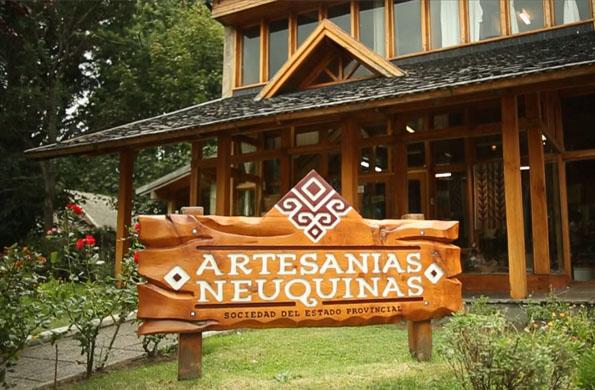 Mantener vigentes sus raíces y costumbres es el principal objetivo de Artesanías Neuquinas.