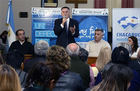 La ministra dialogó con los más de 400 vecinos y vecinas de la localidad rionegrina.