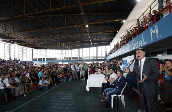 El acto lanzamiento del ciclo Ellas Hacen-Ellas Saben tuvo lugar en el complejo Belgrano.