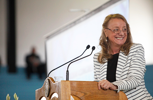 Alicia Kirchner participó mediante teleconferencia del lanzamiento del ciclo Ellas Hacen Ellas Saben