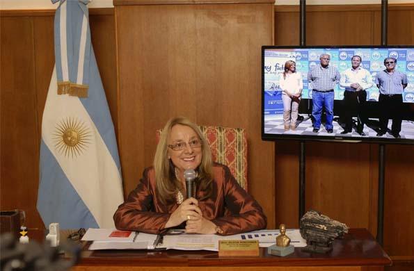 Alicia Kirchner dialogó con Corrientes en el lanzamiento del ciclo Ellas Hacen-Ellas Saben.
