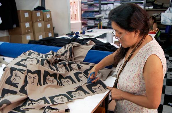 Esta iniciativa promueve la producción de indumentaria y juguetes con identidad nacional.