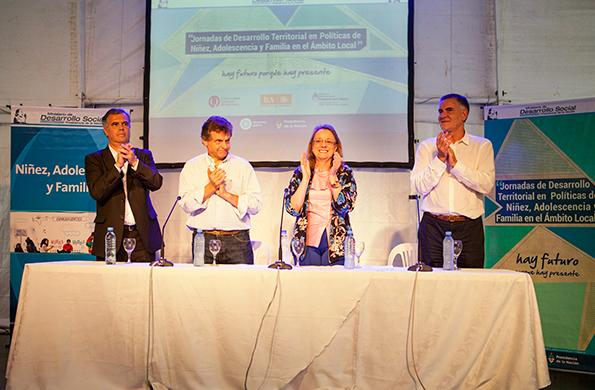 Alicia Kirchner destacó la importancia de implementar herramientas en el territorio.