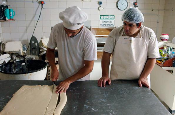 En la actualidad, La Cacerola produce 3.500 viandas diarias y genera trabajo para 39 familias.