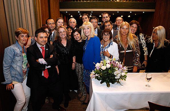La ministra Alicia Kirchner estuvo presente en un acto en la sede de SMATA.