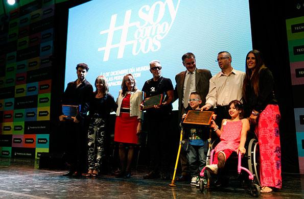 Se proyectaron videos con historias de vida de personas con discapacidad.
