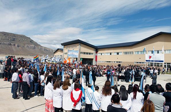 """El nuevo centro asistencial se llama """"Gobernador Cepernic-Presidente Kirchner""""."""