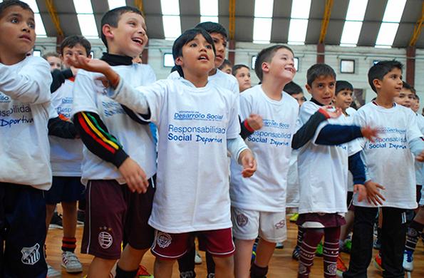La actividad tuvo lugar hoy en el polideportivo del Club Lanús.