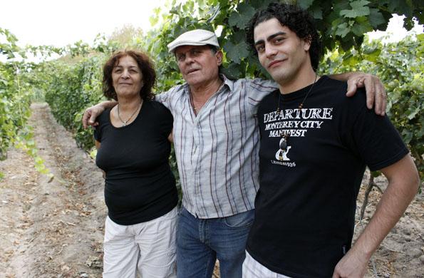 La Asociación de Elaboradores de Vino Casero de Lavalle es un proyecto colectivo.
