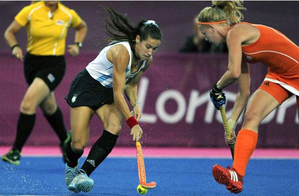 El equipo argentino de hockey femenino conquistó la medalla de plata en los Juegos Olímpicos 2012.