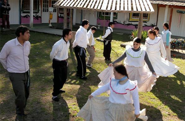 Los integrantes de Granja Andar también realizan en el predio actividades recreativas y culturales.