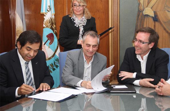 Firma entre los ministerios de Desarrollo Social de la Nación y de la provincia de Mendoza.