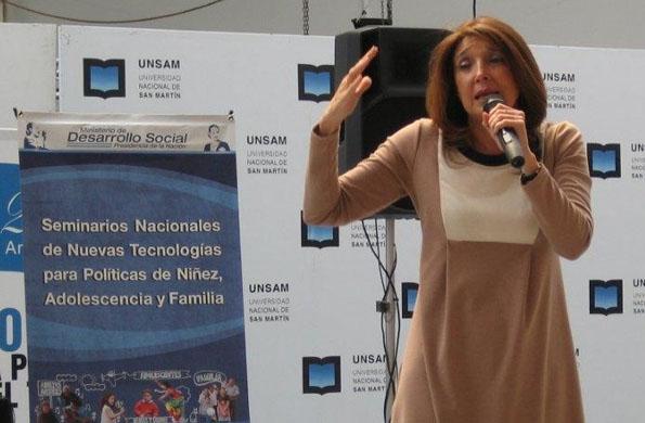 Marisa Graham estuvo presente en la apertura del segundo módulo del curso.