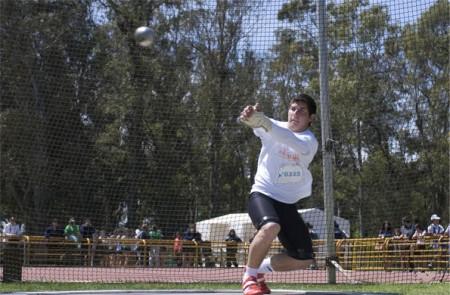 Joaquín Gómez tiene 17 años y es lanzador de martillo en los Juegos Nacionales Evita.