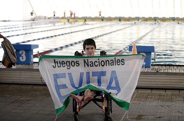 Nicolás vino a participar de los Juegos Nacionales Evita desde Tierra del Fuego, en natación.