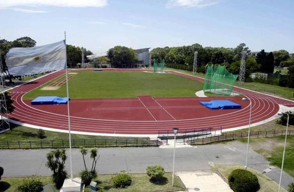 Se remodeló la pista de atletismo del Centro Nacional de Alto Rendimiento Deportivo (CeNARD).
