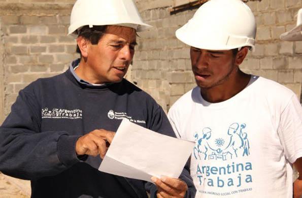 Durante la implementación del programa, se realizaron trabajos de herrería y carpintería.