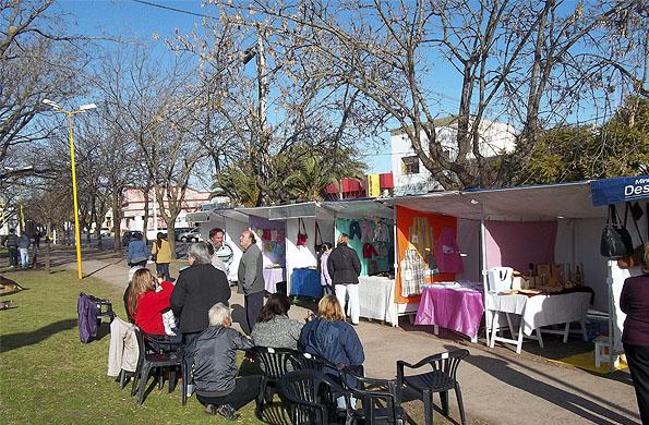 La feria es un proyecto colectivo del que participan 60 familias.