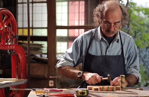 La elaboración es íntegramente artesanal, hecha a mano.