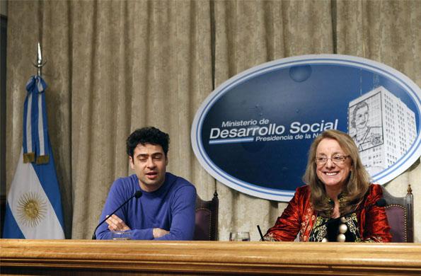 Alicia Kirchner junto al bailarín Iñaki Urlezaga en la presentación del nuevo programa de Danza.