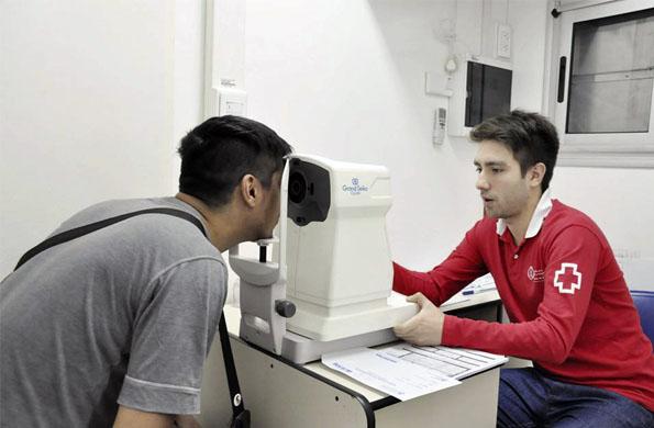 El CIC móvil cuenta con un camión oftalmológico donde se realizan controles y chequeos.