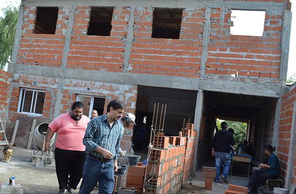 """La obra comprende la ampliación del Centro Integrador Comunitario (CIC) y comedor """"Dos Amigos""""."""