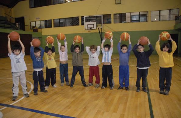 Desarrollo Social invirtió 640 mil pesos en 64 clubes deportivos de la provincia de La Rioja.