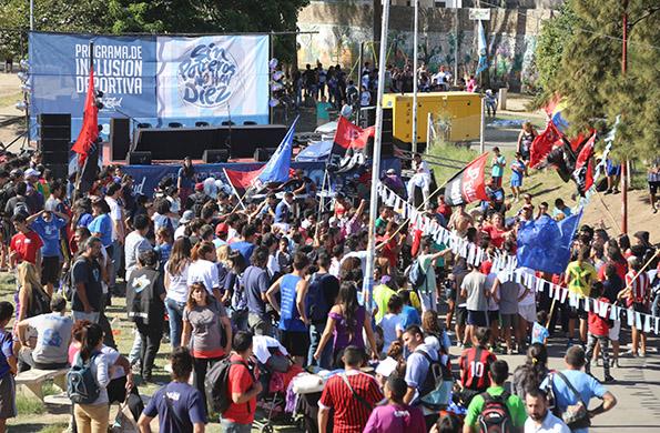 De la actividad participaron más de 1000 personas.