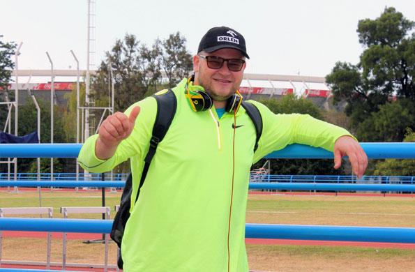 """Pawel Fajdek se lució en la pista """"Delfo Cabrera"""" y ganó el oro en martillo."""