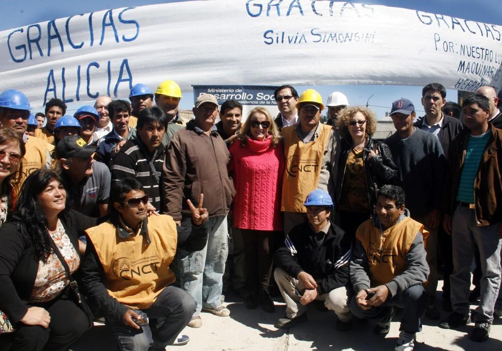 La titular de la cartera social dialogó con los cooperativistas en Santa Fe.