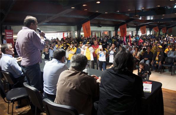 Del acto celebrado en el Ezeiza participaron trabajadores y cooperativistas.