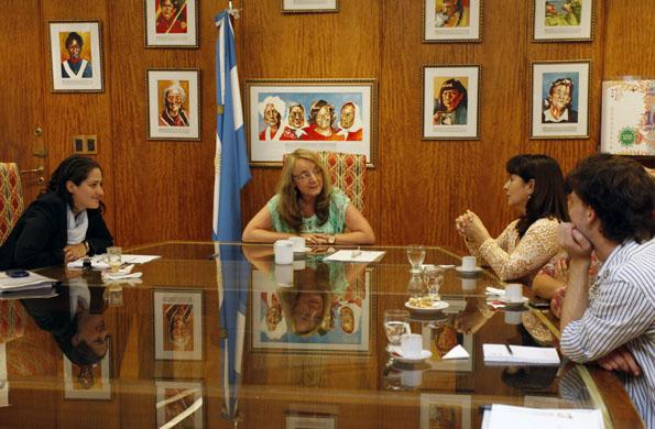 La ministra de Desarrollo Social, Alicia Kirchner, durante el encuentro con Susana Trimarco.