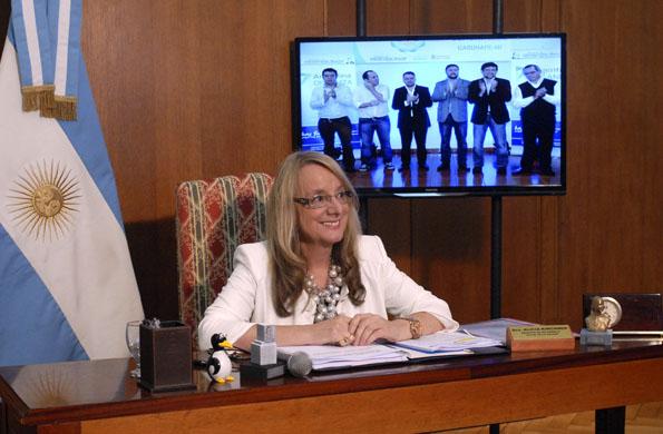 La ministra de Desarrollo Social, mantuvo una videoconferencia con la provincia de Misiones.