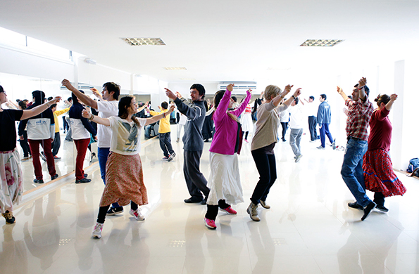 A través de esta iniciativa se conformó un cuerpo de baile nacional y federal.