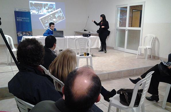 Además se realizó un encuentro de responsabilidad social en la localidad de Puerto Deseado.