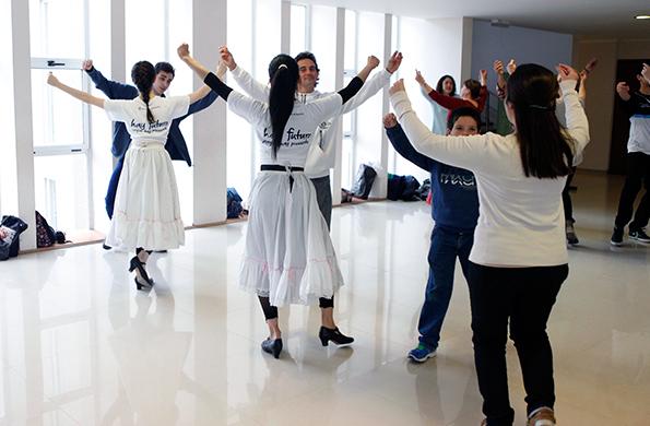 Danza por la Inclusión también brinda talleres de danza clásica y contemporánea.