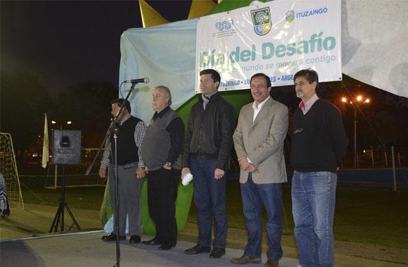 En varios puntos del partido bonaerense de Ituzaingó se desarrollaron ayer actividades deportivas.