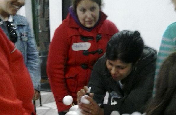 Más de 200 mujeres participan de estos talleres.