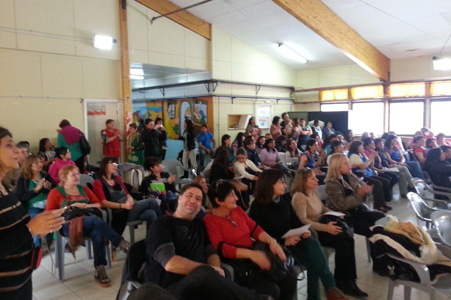 Más de 200 educadores comunitarios participaron de las jornadas del programa Creciendo Juntos.